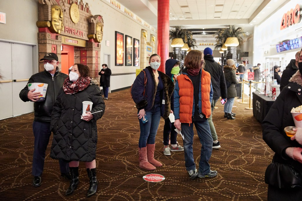 Box Office Enjoys Biggest Weekend Since Pandemic Shut Down Theaters - Hollywood Reporter