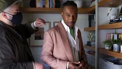 Golden Globes: Stylist Avo Yermagyan on Leslie Odom Jr.'s Modern Formal Look