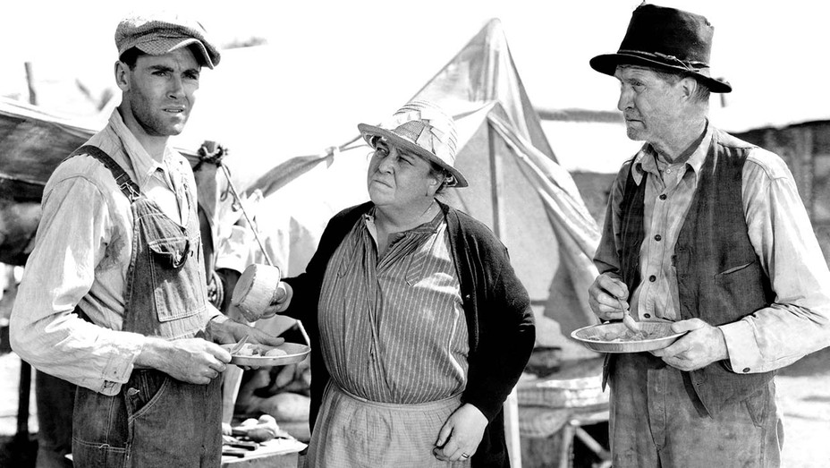 THE GRAPES OF WRATH, Henry Fonda, Jane Darwell, Russell Simpson, 1940