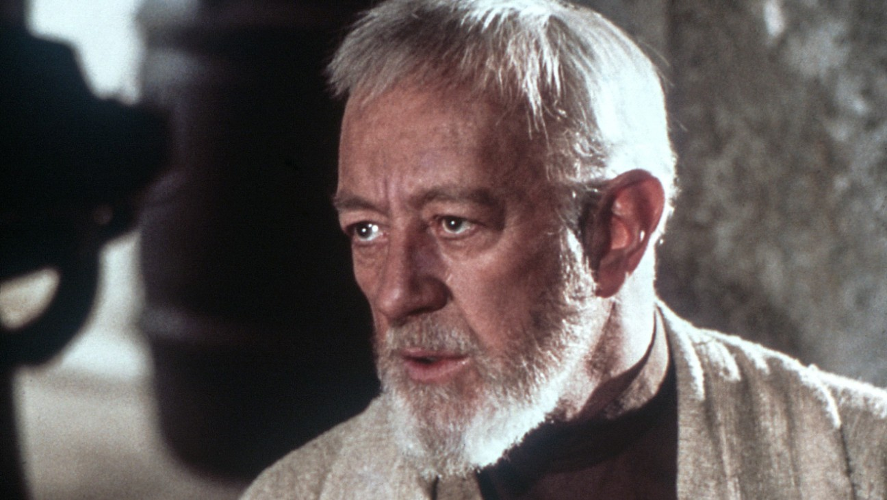 Mark Hamill Delights 'Star Wars' Fans in Recalling Alec Guinness' Birthday Celebration