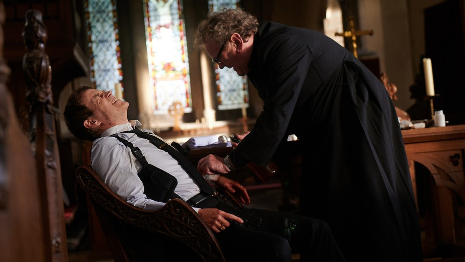 Stephen Moyer and Colm Meaney in 'Confession'