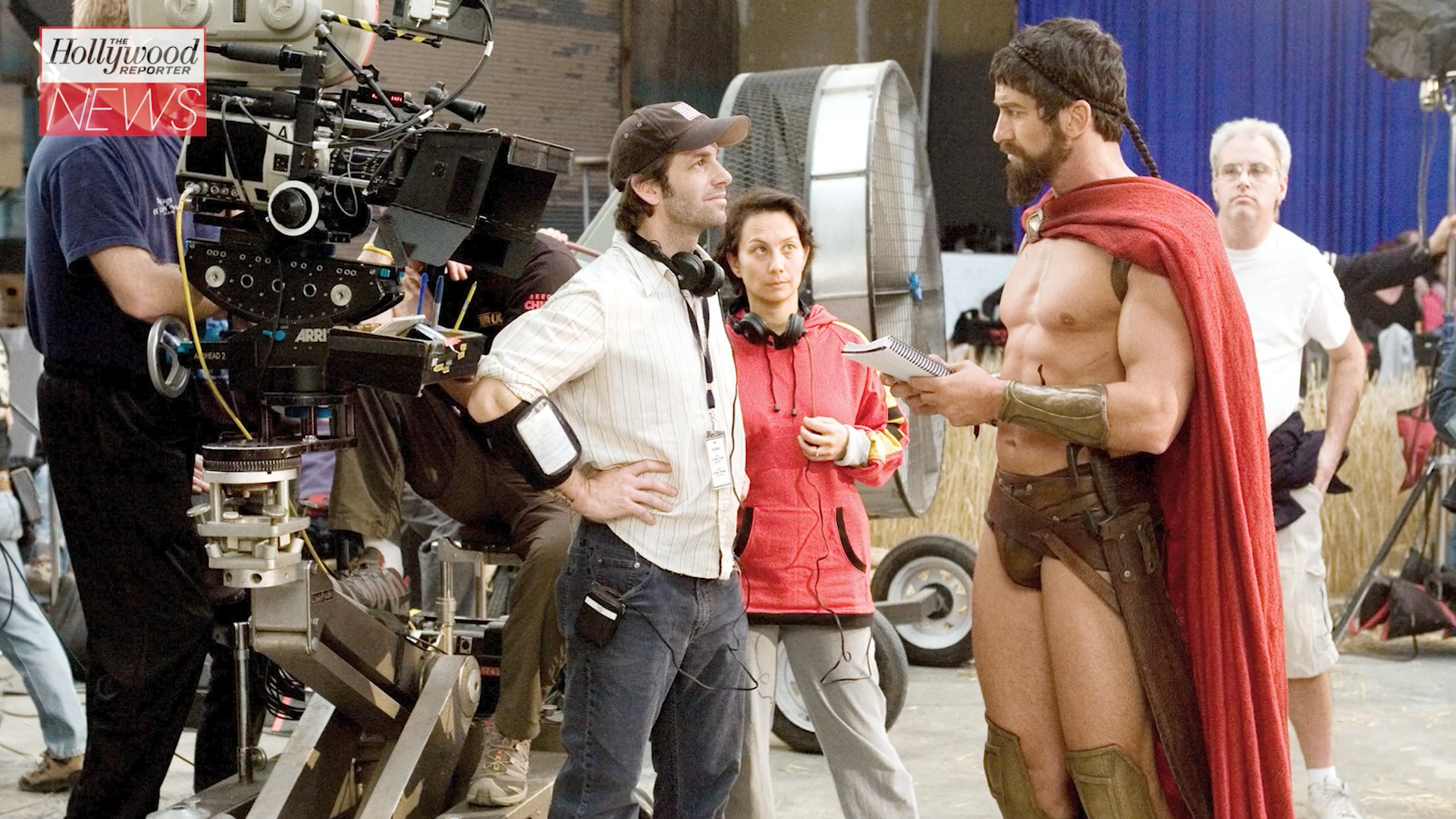 Gerard Butler Looks Back at Working With Zack Snyder on '300' | THR News